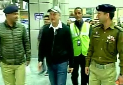 LIVE: Anupam Kher stopped at Srinagar airport by J&K police, asked not to visit NIT Srinagar