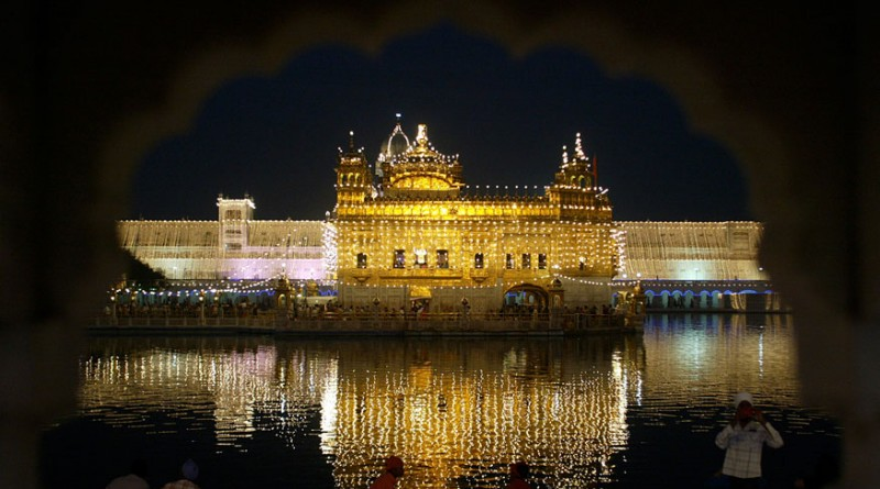 Golden Temple Not to Accept Demonetised Notes